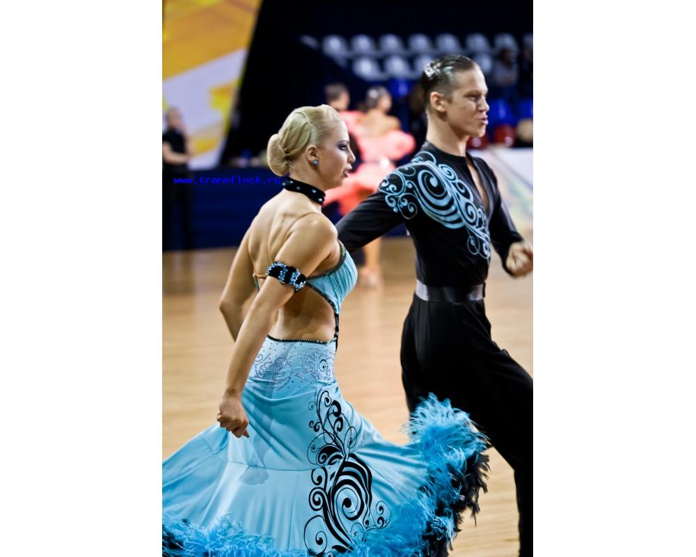 Нанесение рисунков на одежду для бальных танцев
